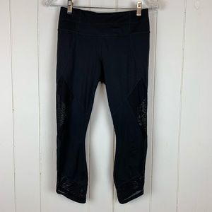 Athleta Crop Leggings Small Black Mesh